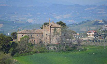 Franciorto, ad Acquaviva l'orto biologico su misura ai piedi del Convento di San Francesco