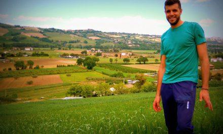 """Spigaverde, la storia del giovane Andrea: dal mulino a pietra ai grani antichi """"fatti in famiglia"""""""