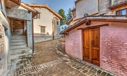 Alla scoperta di Ficana, antico borgo in terra cruda ora Ecomuseo di Macerata